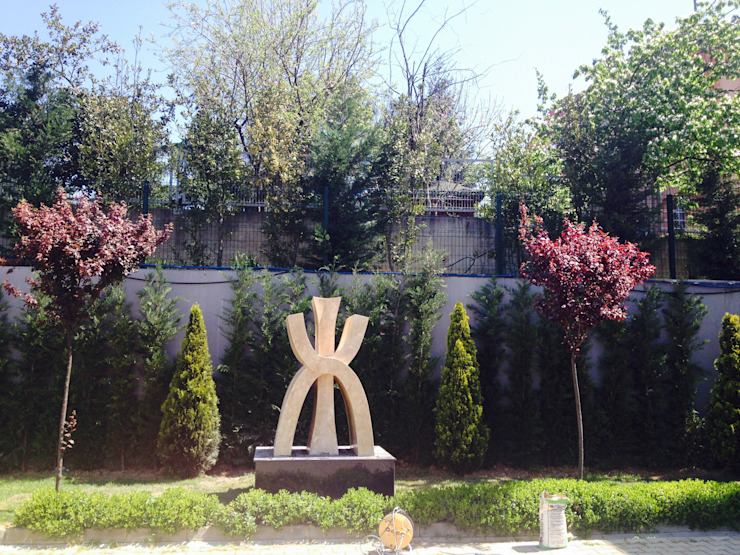 Taman Modern Oleh NAUTILUS Modern