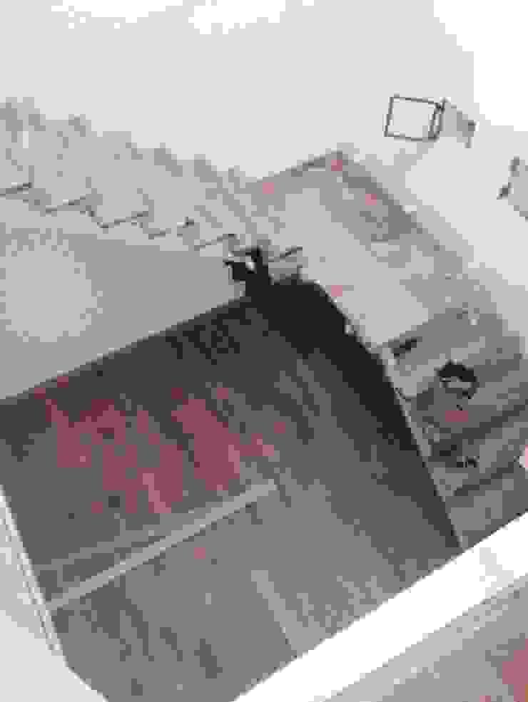 CASA FOTOMÁTICA Pasillos, vestíbulos y escaleras modernos de ESTUDIO MYGA Moderno