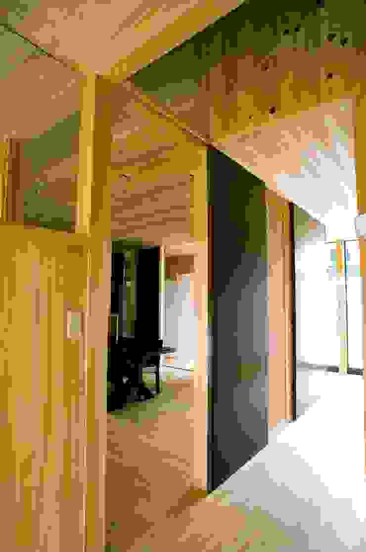 廊下 アジア・和風の 窓&ドア の katachitochikara 和風