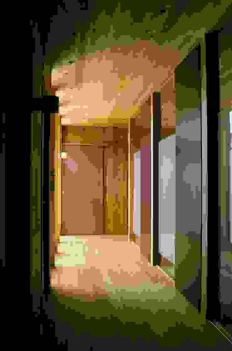 廊下 和風の 玄関&廊下&階段 の katachitochikara 和風
