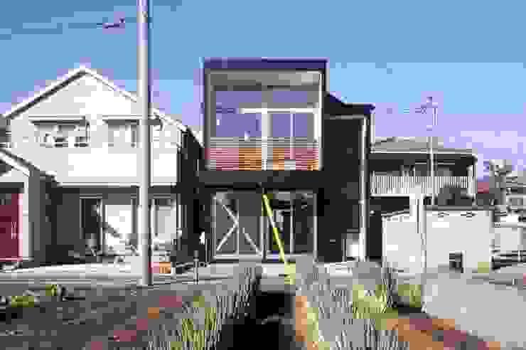 telescope モダンな 家 の 岡村泰之建築設計事務所 モダン