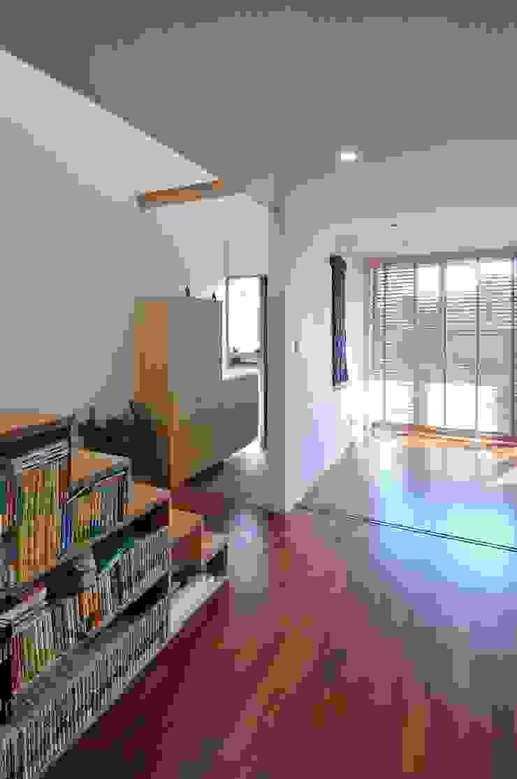 telescope モダンデザインの 多目的室 の 岡村泰之建築設計事務所 モダン