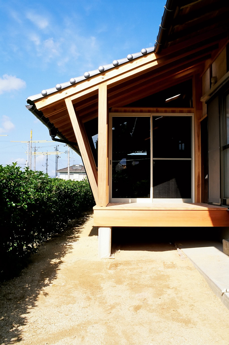 構造体を外部からみた形 日本家屋・アジアの家 の katachitochikara 和風