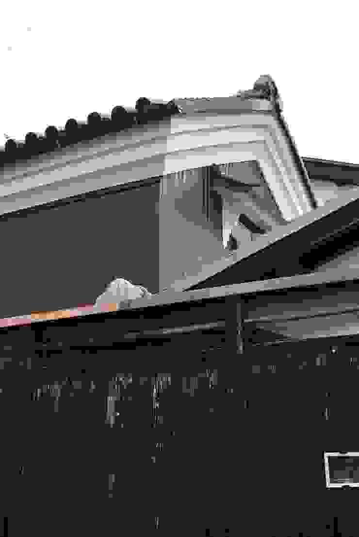 長等の蔵Renovation モダンな 家 の 西川真悟建築設計 モダン