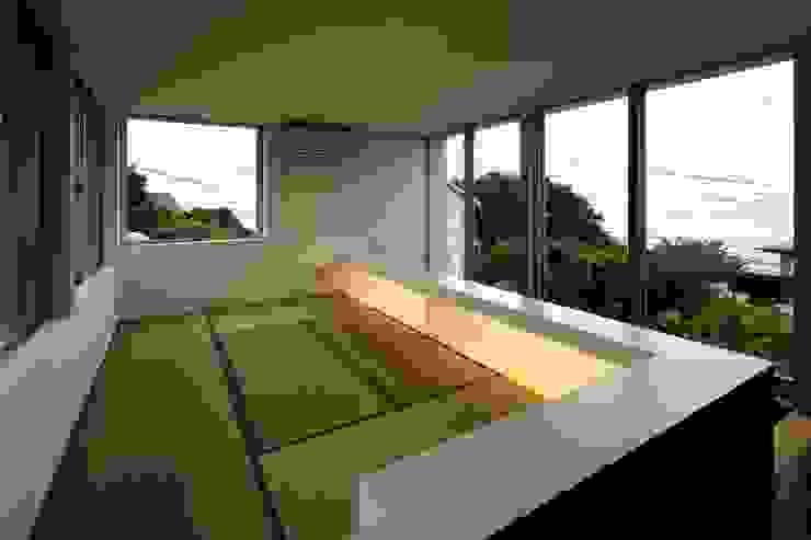 archi-scape モダンデザインの 多目的室 の 岡村泰之建築設計事務所 モダン