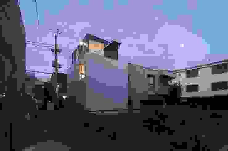 logical punk モダンな 家 の 岡村泰之建築設計事務所 モダン