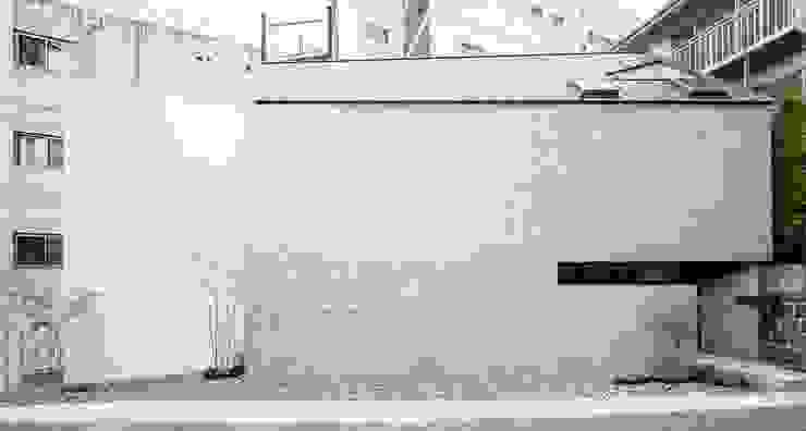 外観2 ミニマルな 家 の fujihara architects ミニマル