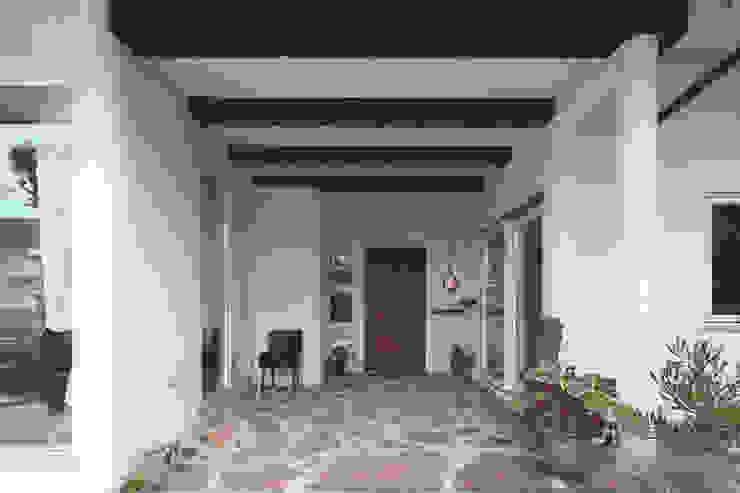 Garden and living Balcones y terrazas de estilo rústico de 有限会社 TEPEE HEART Rústico
