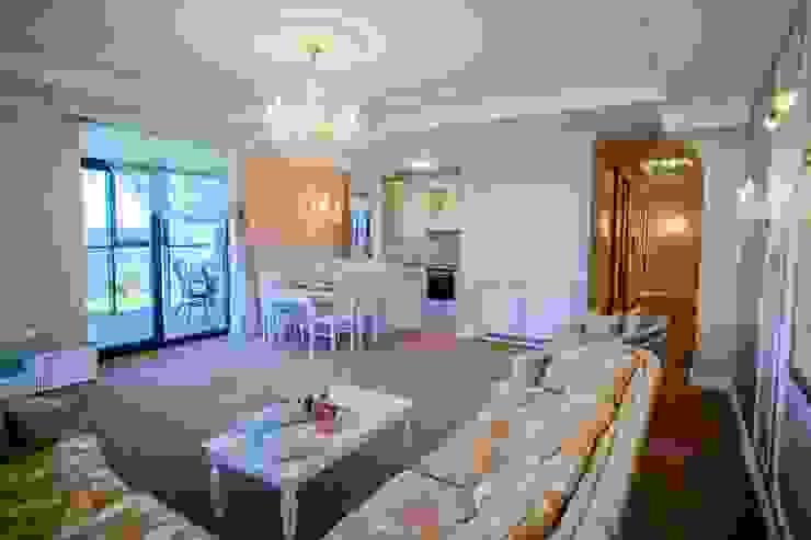 Демо-квартира Гостиная в классическом стиле от Center of interior design Классический