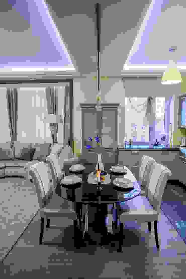 квартира в центре города Столовая комната в эклектичном стиле от Center of interior design Эклектичный