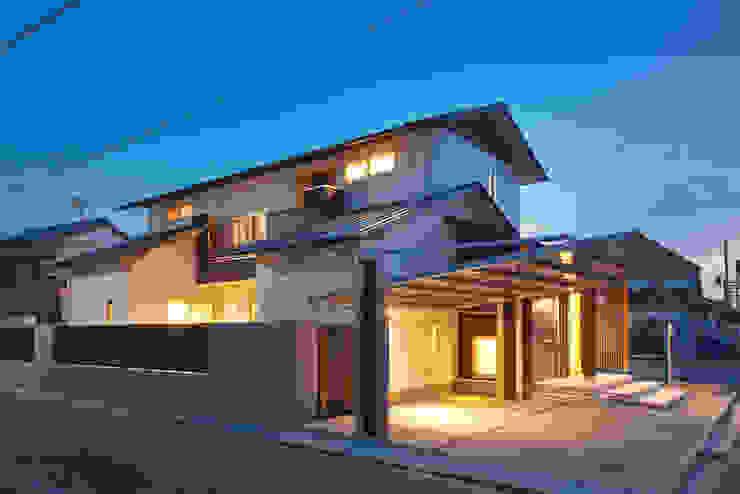 家族の気配が感じられる家 オリジナルな 家 の エヌスペースデザイン室 オリジナル