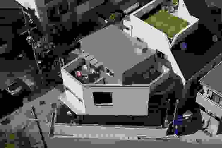 建物東側鳥瞰 一級建築士事務所エイチ・アーキテクツ モダンな 家