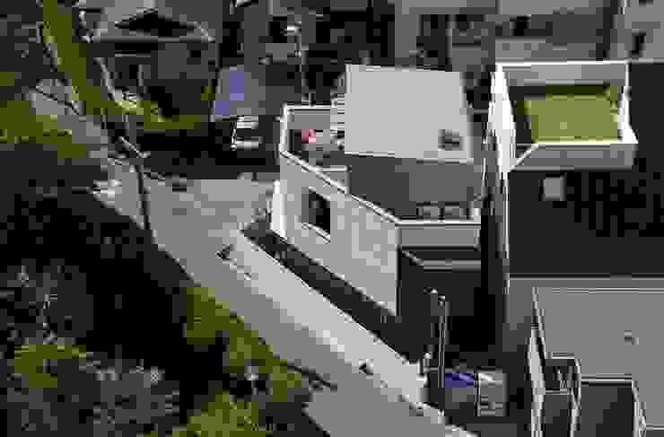 建物北側鳥瞰 一級建築士事務所エイチ・アーキテクツ モダンな 家