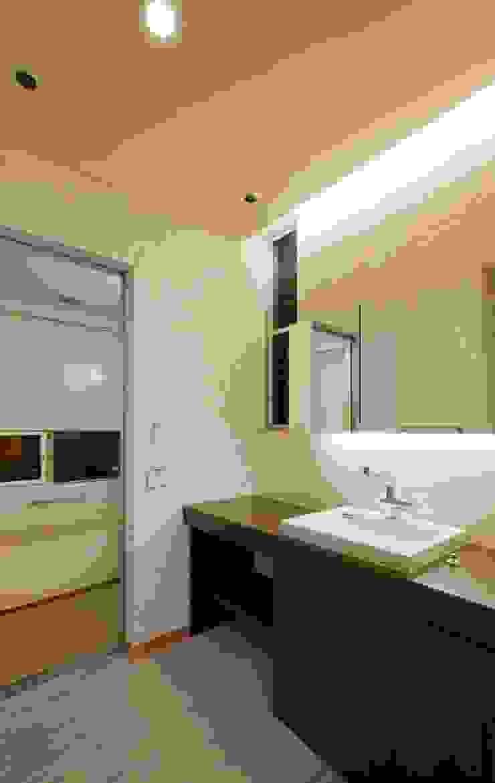 エヌスペースデザイン室 Eclectic style bathroom