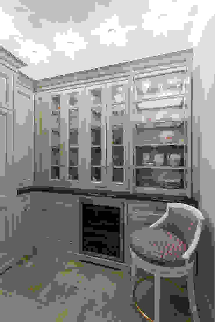 Квартира на набережной. Кухни в эклектичном стиле от А-Дизайн Эклектичный