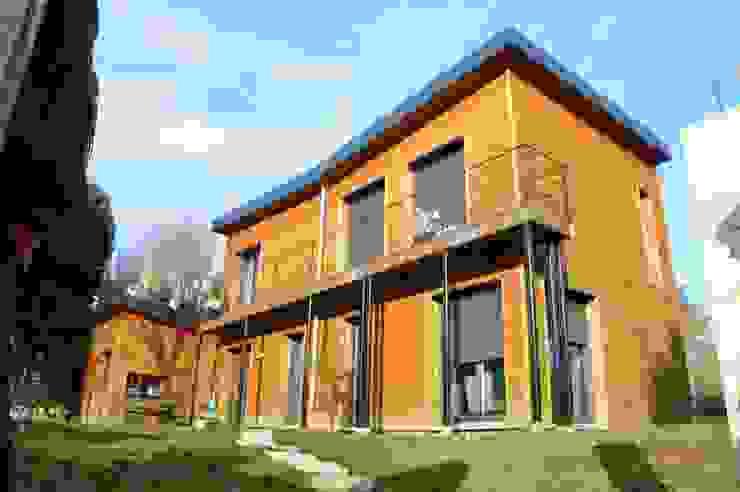 une maison BBC toute en bois en ile de france Maisons minimalistes par karine penard Minimaliste