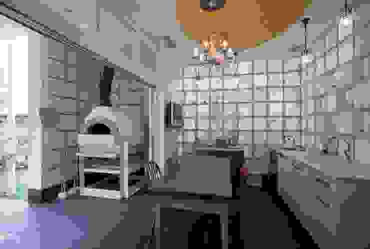 婦人のキッチン オリジナルデザインの キッチン の 有限会社加々美明建築設計室 オリジナル