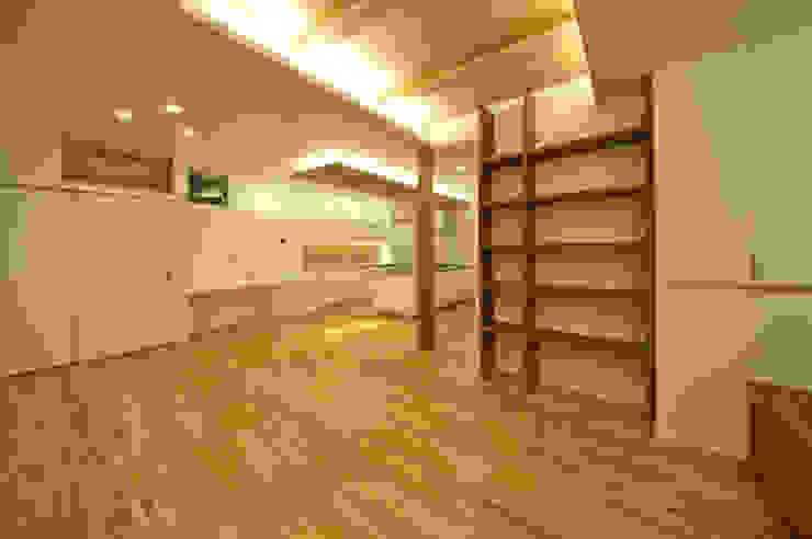 音楽室のある家 オリジナルデザインの ダイニング の エヌスペースデザイン室 オリジナル