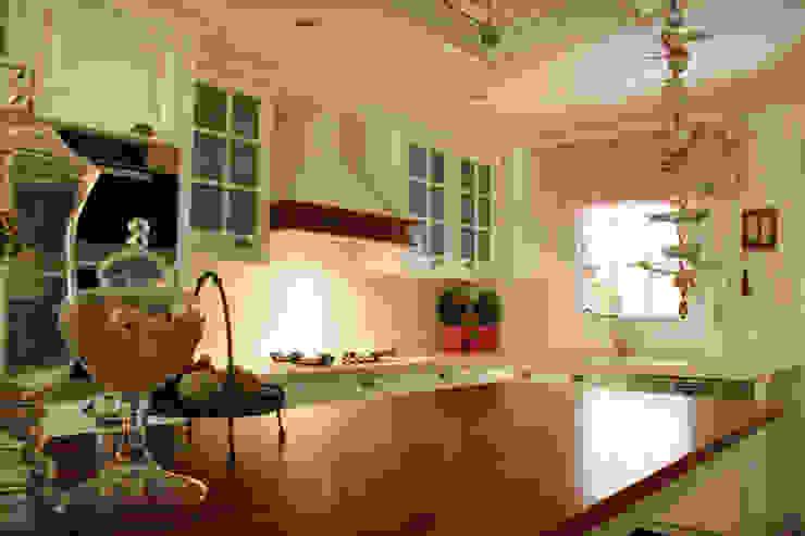 G.HALİLOĞLU ÇEŞME VİLLASI As Tasarım - Mimarlık MutfakDolap & Raflar