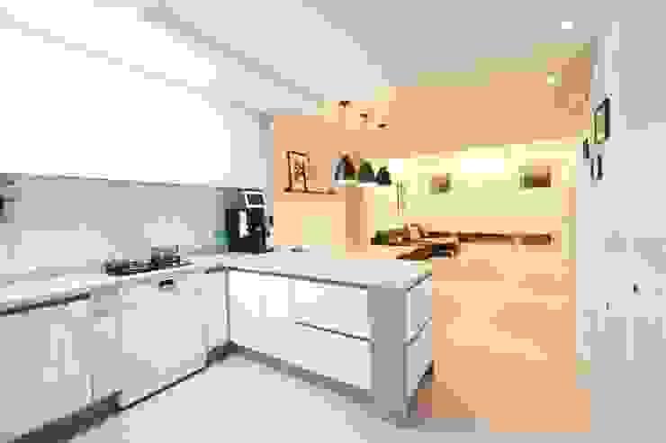 Кухня в скандинавском стиле от 유노디자인 Скандинавский