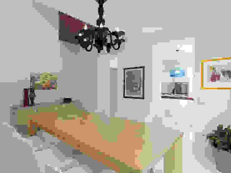 Ruang Makan oleh STUDIO DI ARCHITETTURA LUISELLA PREMOLI