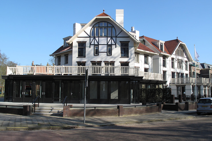 Aanzicht topgevel Klassieke huizen van OX architecten Klassiek
