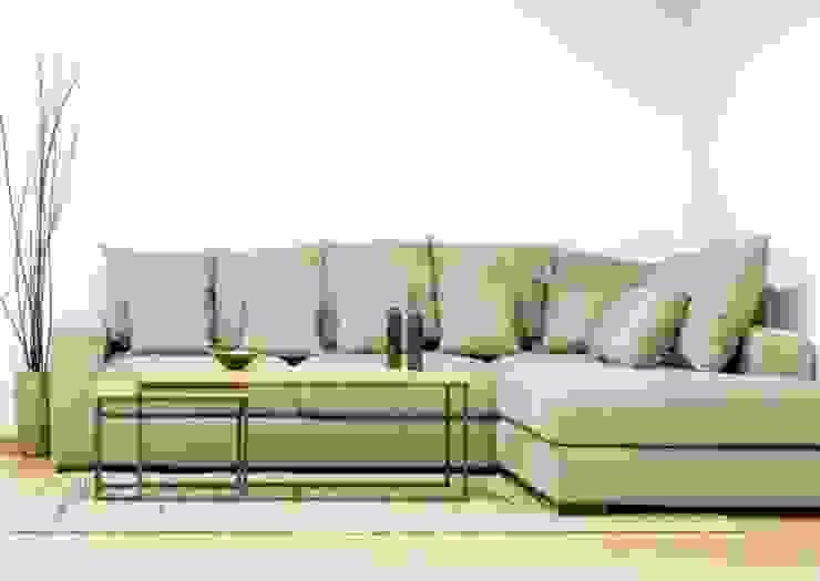 Sofá modular con unha chaise longue en tela de lino de Cube Deco Moderno