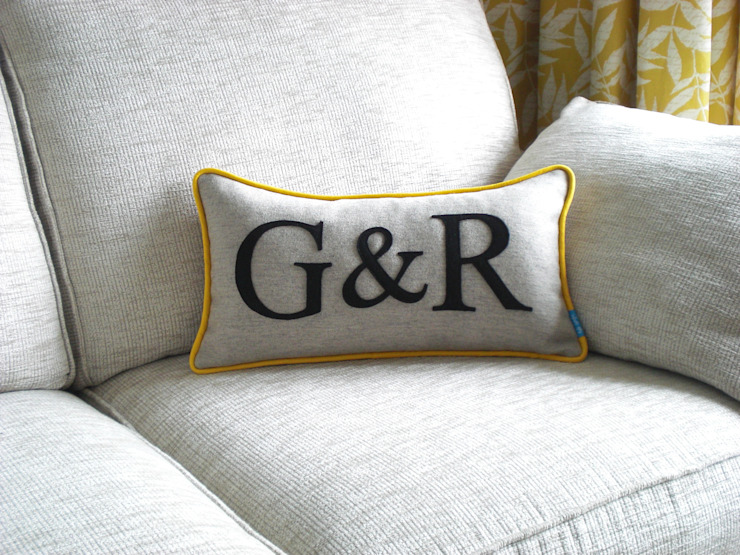 Couples Initials Colour Flash Cushion with Yellow Piping Kate Sproston Design 家居用品配件與裝飾品
