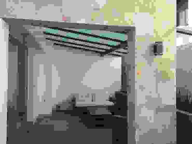 bar Balcones y terrazas modernos de Arki3d Moderno
