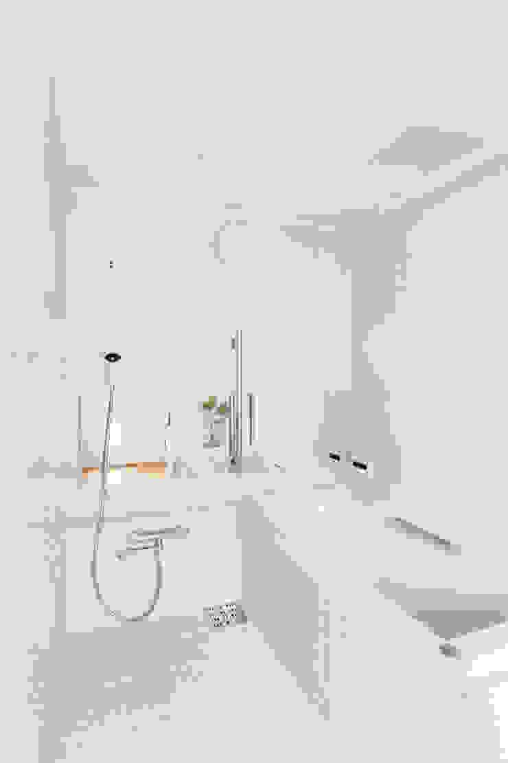 MIYAHARA-U オリジナルスタイルの お風呂 の 建築設計事務所 可児公一植美雪/KANIUE ARCHITECTS オリジナル タイル