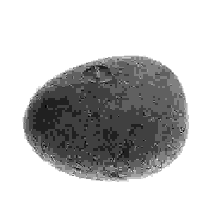 Tay Mum – Çakıltaşı mum - küçük / Pebble stone candle - small: modern tarz , Modern
