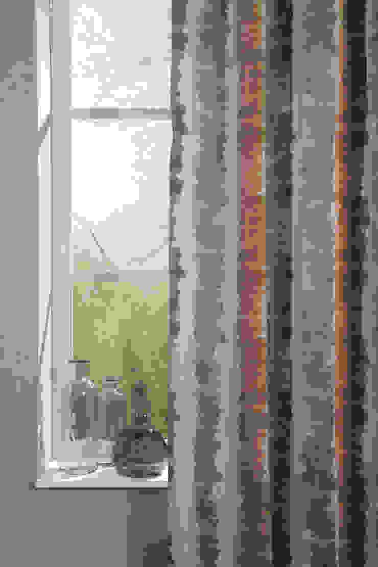 Indes Stoff Painting Stripe 4257-09 purple Indes Fuggerhaus Textil GmbH Fenster & TürGardinen und Vorhänge