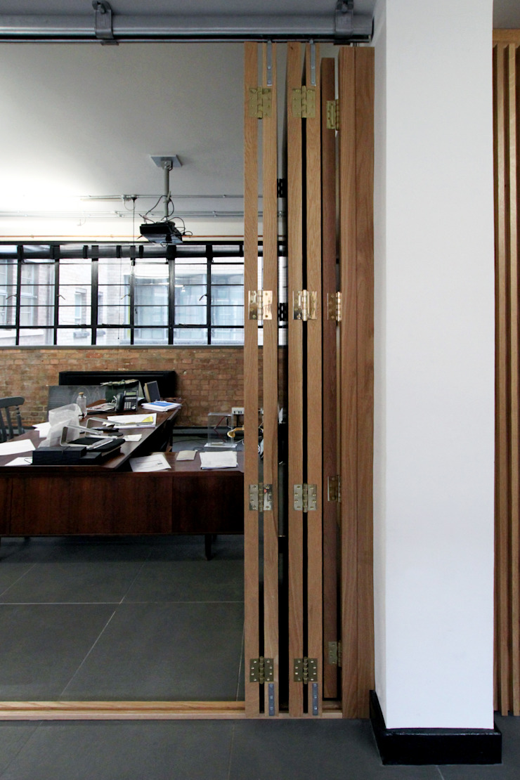 Office refurbishment, Berry St. EC1 Industrial style offices & stores by Tendeter Industrial