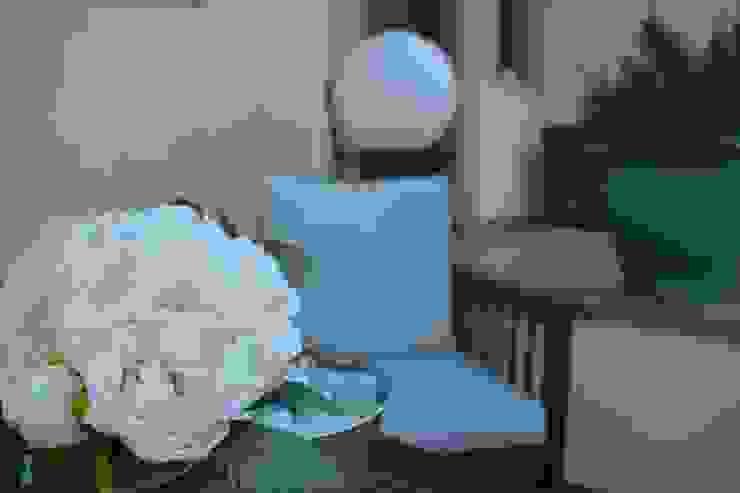 REFORMA DE PATIO Jardines de estilo mediterráneo de MIMESIS INTERIORISMO Mediterráneo