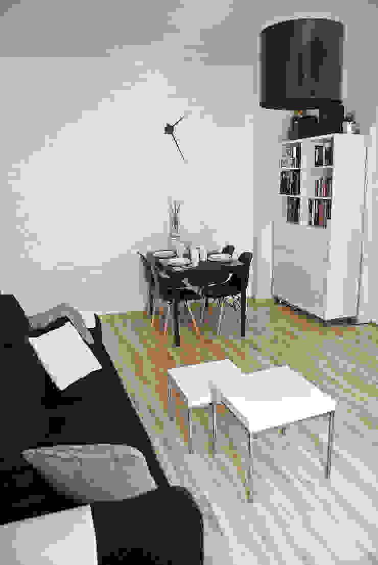 MIESZKANIE W KAMIENICY W CENTRUM SZCZECINA Skandynawski salon od studio projektowe KODA design Dawid Kotuła Skandynawski