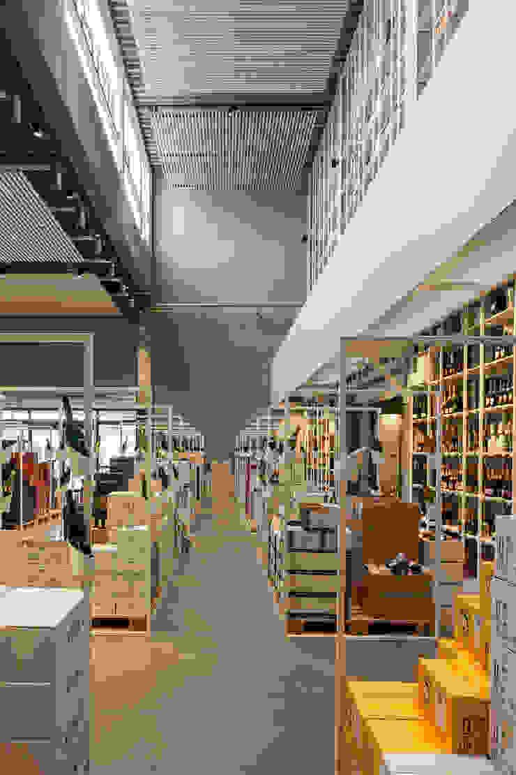 Crombé 3.0 Moderne kantoor- & winkelruimten van FIVE AM Modern