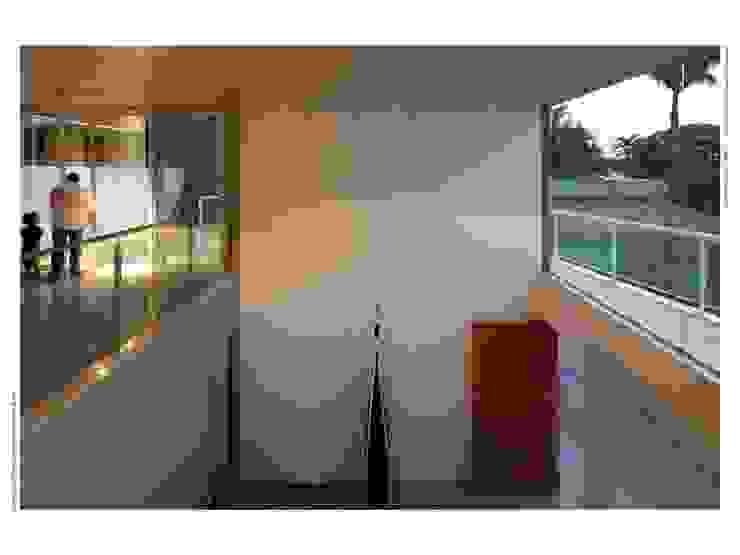 Salas / recibidores de estilo  por JOAO DINIZ ARQUITETURA