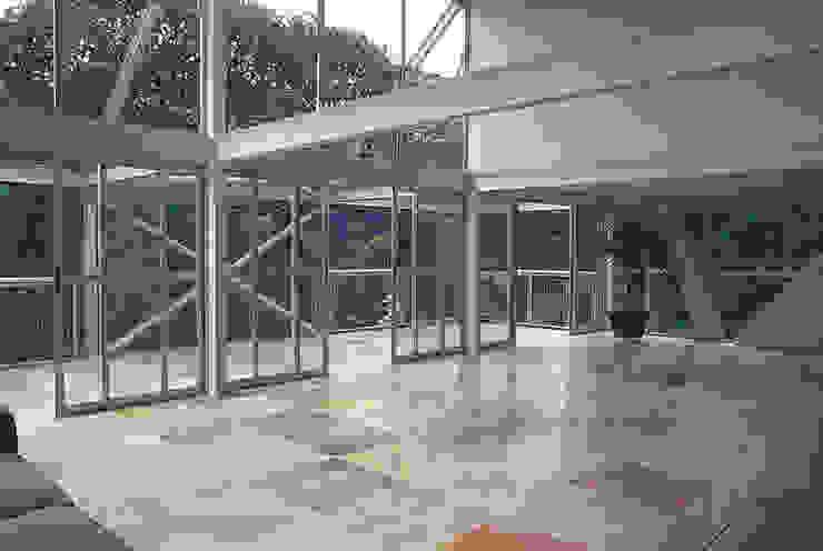 Casa Serrana por Joao Diniz Arquitetura Salas de estar modernas por JOAO DINIZ ARQUITETURA Moderno