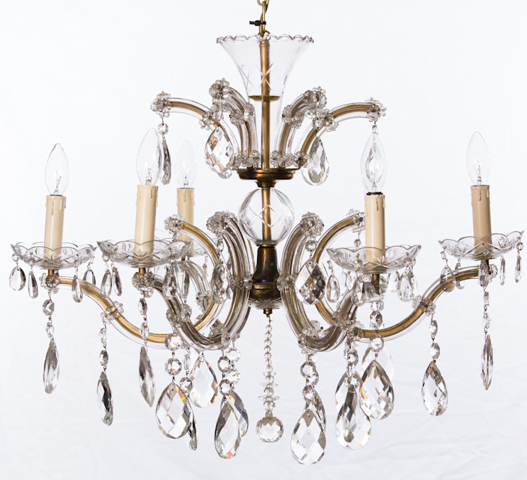 Chandeliers: classic  by The Vintage Chandelier Company, Classic