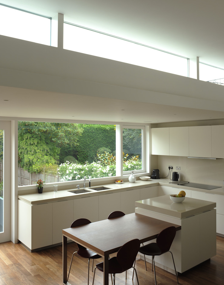 Blenkarne Road Minimalist kitchen by Dow Jones Architects Minimalist