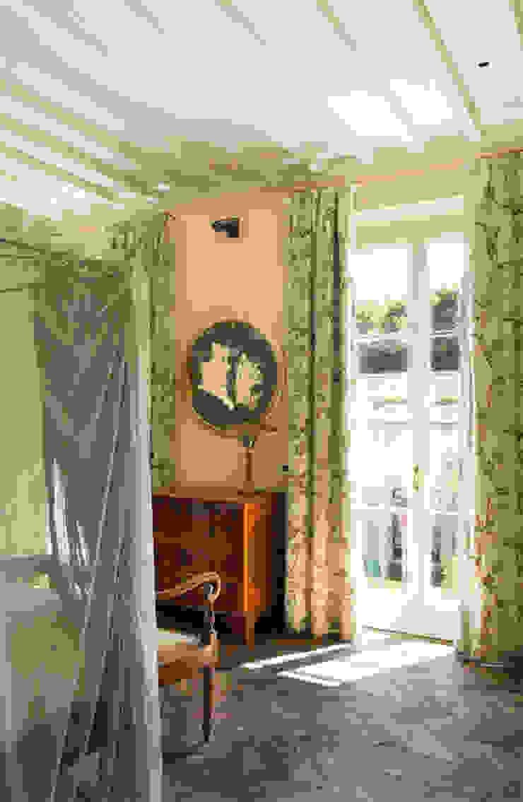 S.Monaca Townhouse Camera da letto eclettica di Luigi Fragola Architects Eclettico