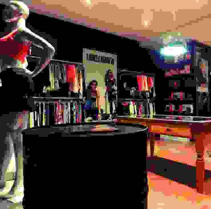 Studio Fabricio Battisti อาคารสำนักงาน ร้านค้า