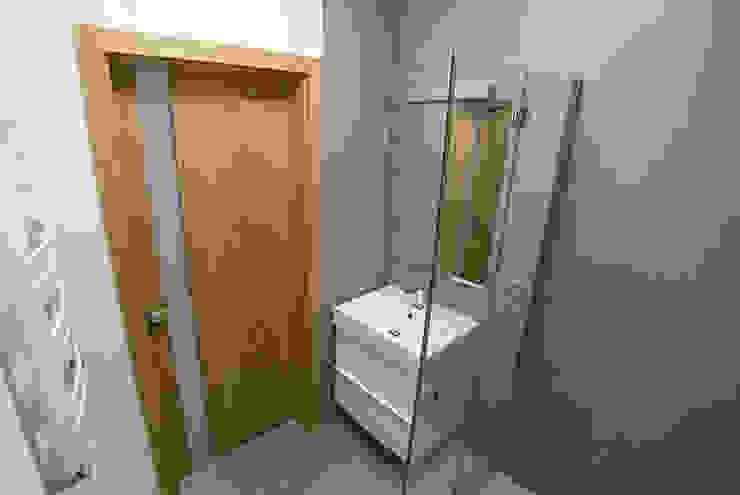 Och_Ach_Concept Minimalist style bathroom