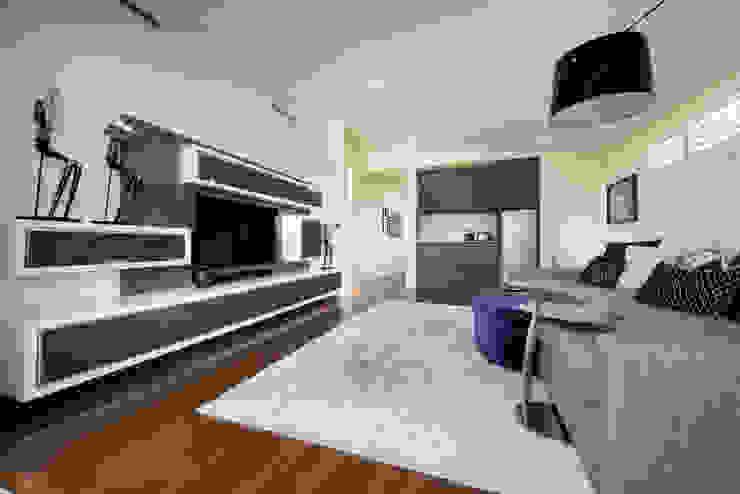Menora Residence Salones modernos de Moda Interiors Moderno
