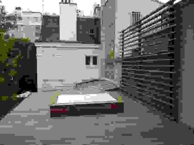 jacuzzi sur terrase etage Spa moderne par L+R architecture Moderne