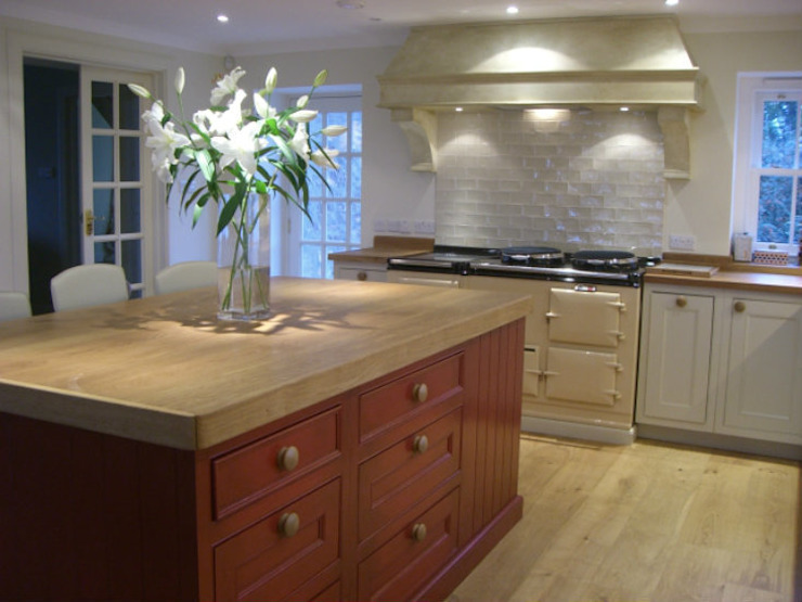 Hand Painted Kitchens Country style kitchen by Carte Blanche Decorative Painters Country
