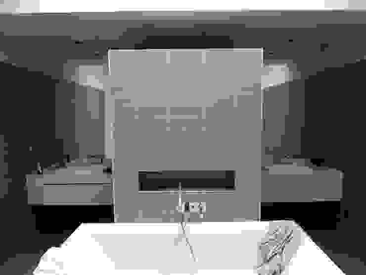 Moderne Badezimmer von L+R architecture Modern