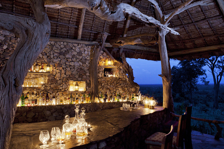 Beho Beho – Luxury Safari Lodge Tropical style hotels by Horton and Co Tropical