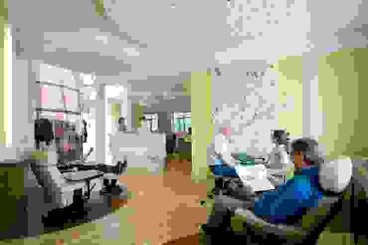 Kleiner Therapiebereich Moderne Praxen von Architekturbüro Borchmann Modern