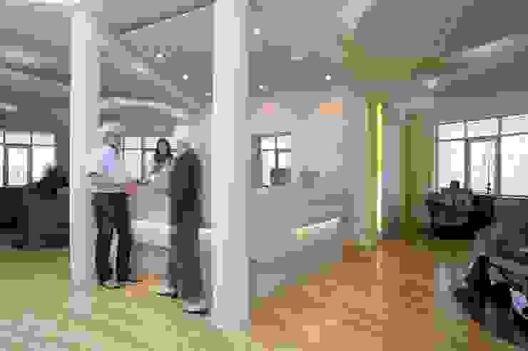 Service zur Therapie Moderne Praxen von Architekturbüro Borchmann Modern